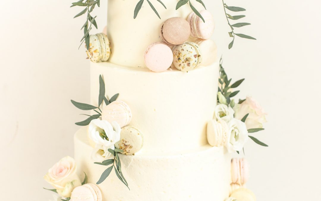 Bruidstaart en macarons